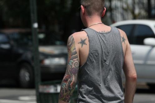 tatovert mann