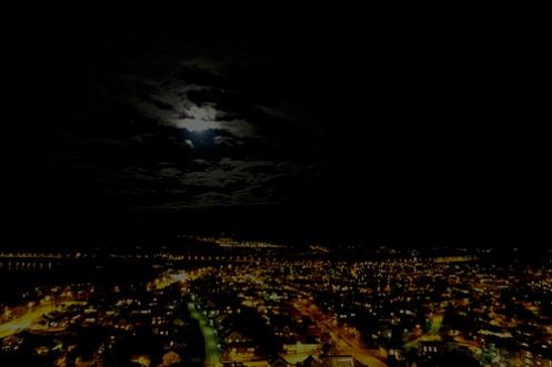 Utsikt frå høghuset novembernatt