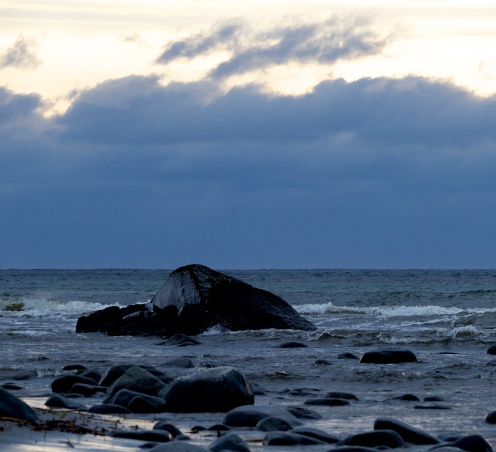 Stein i sjø